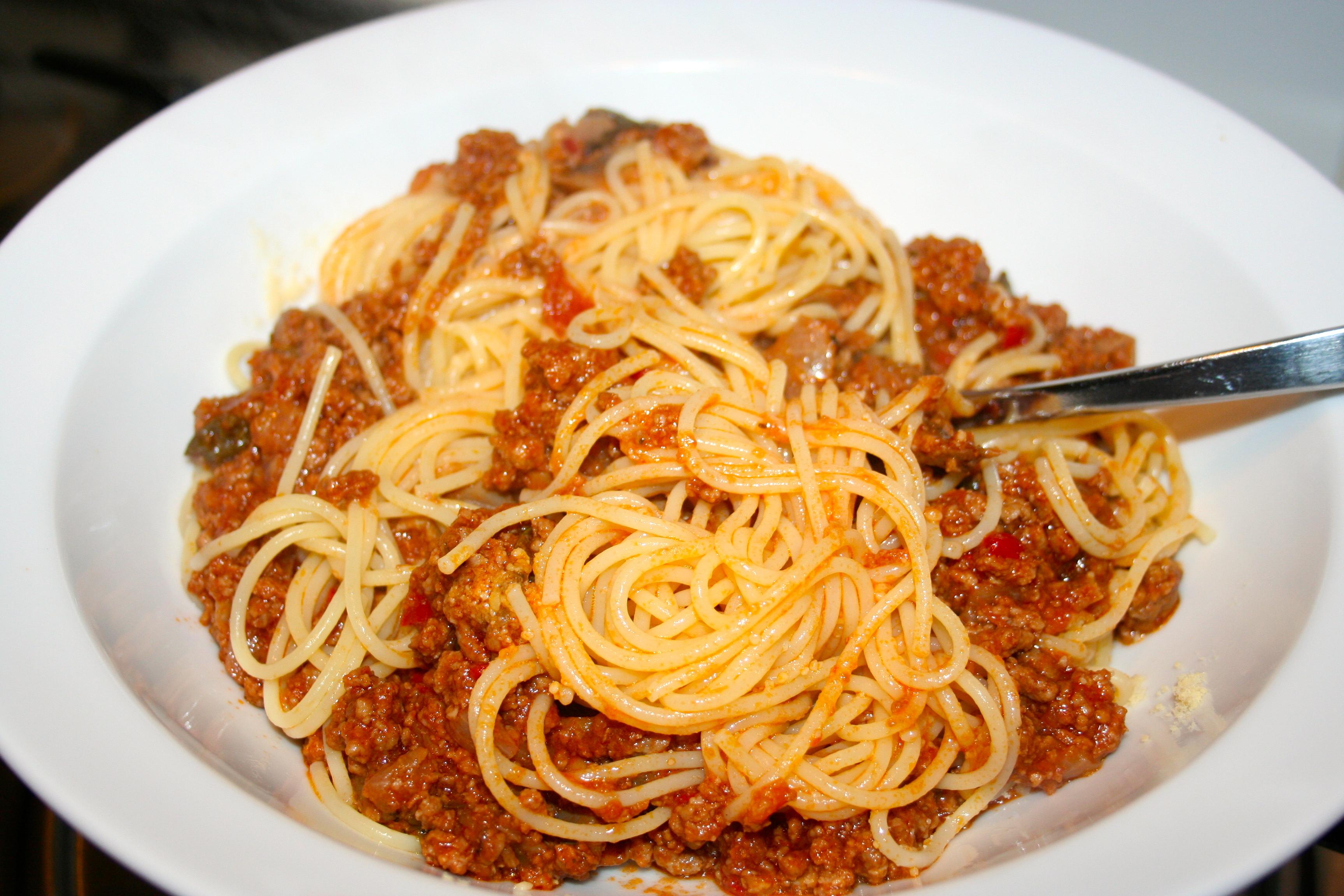 Easy Spaghetti Bolognese Recipe — Dishmaps