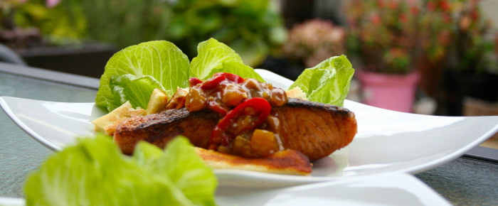 Grilled Salmon with Mango Chutney