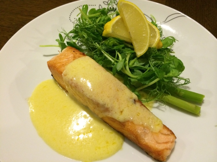 Pan Fried Salmon With White Wine Sauce Recipe Arie S Kitchen