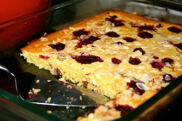 Easy Almond and Orange Cake Recipe