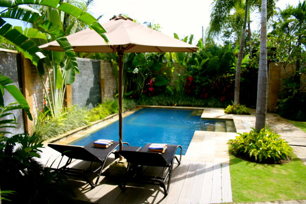 Swimming Pool Villa Askara