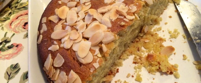 Easy Banana and Almond Cake Recipe